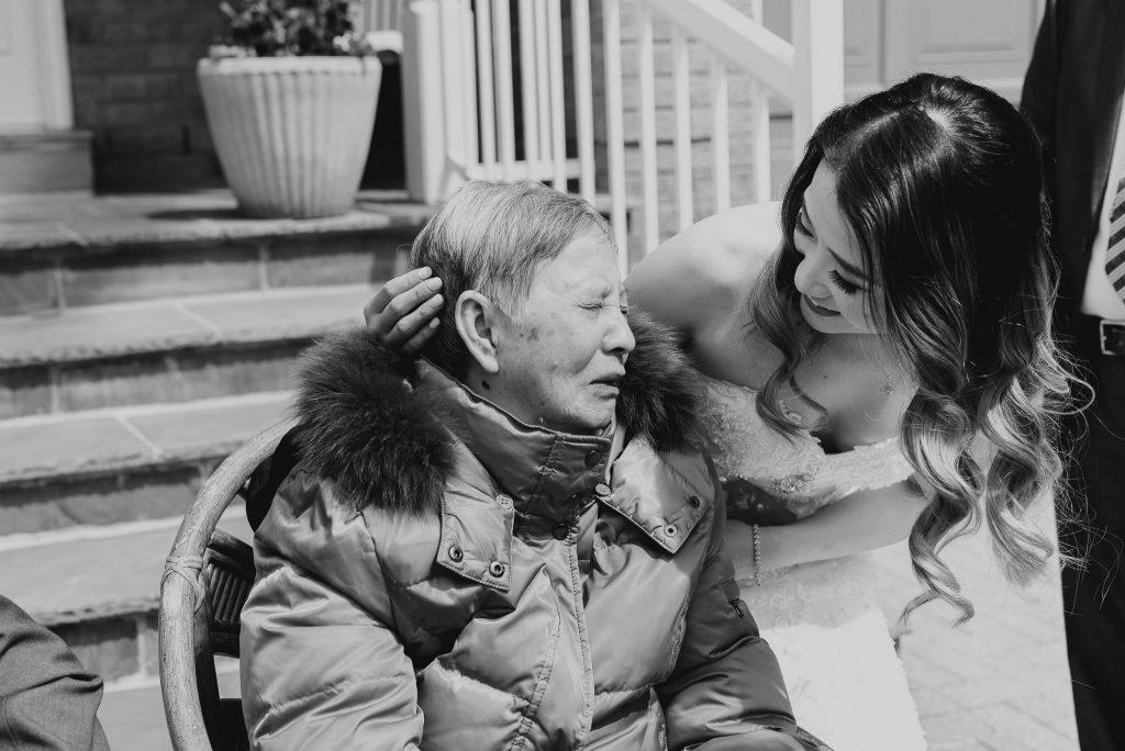 Beautiful-Guild-Inn-Estate-Toronto-Wedding