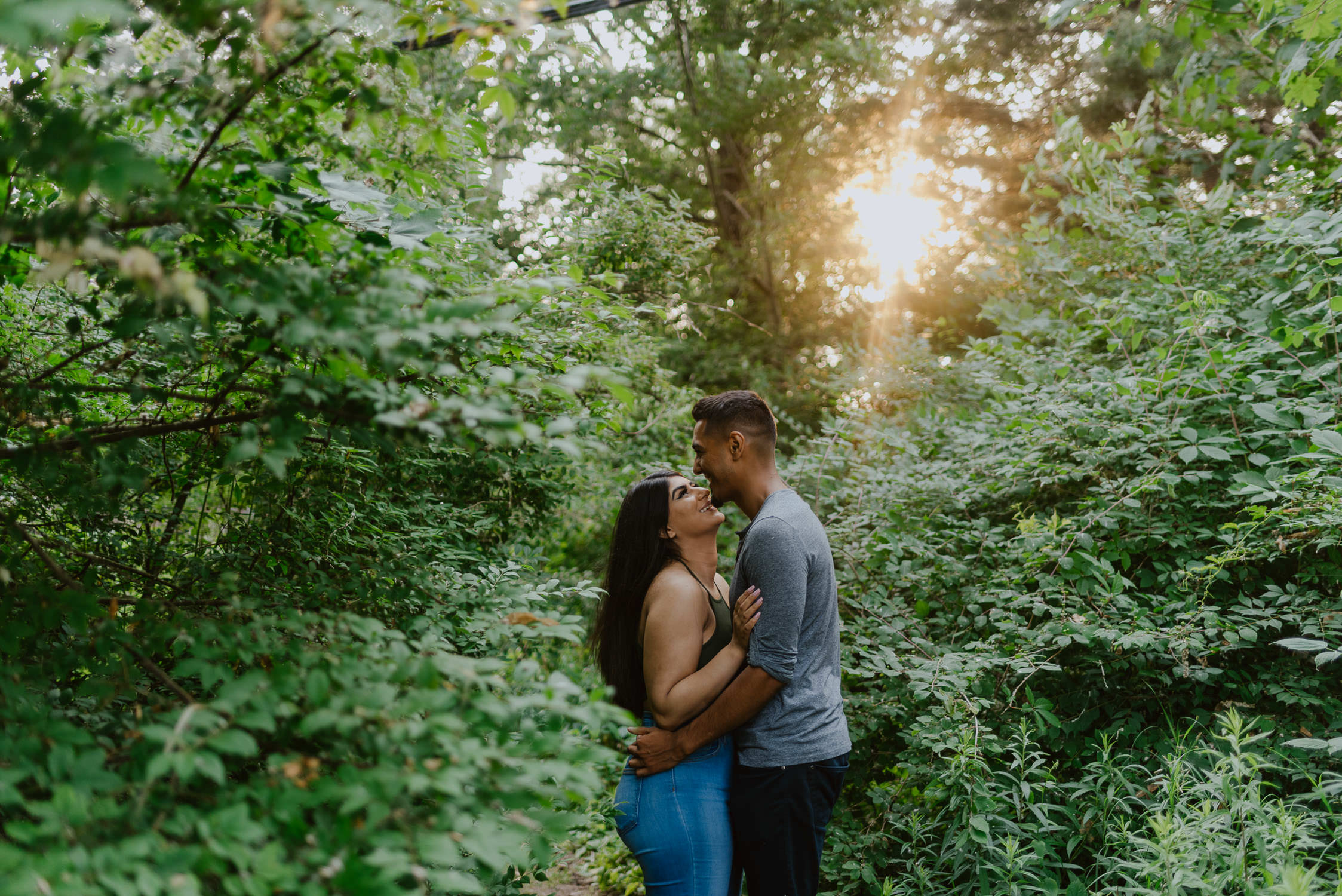 Toronto-proposal-photographer-wards-island-engagement