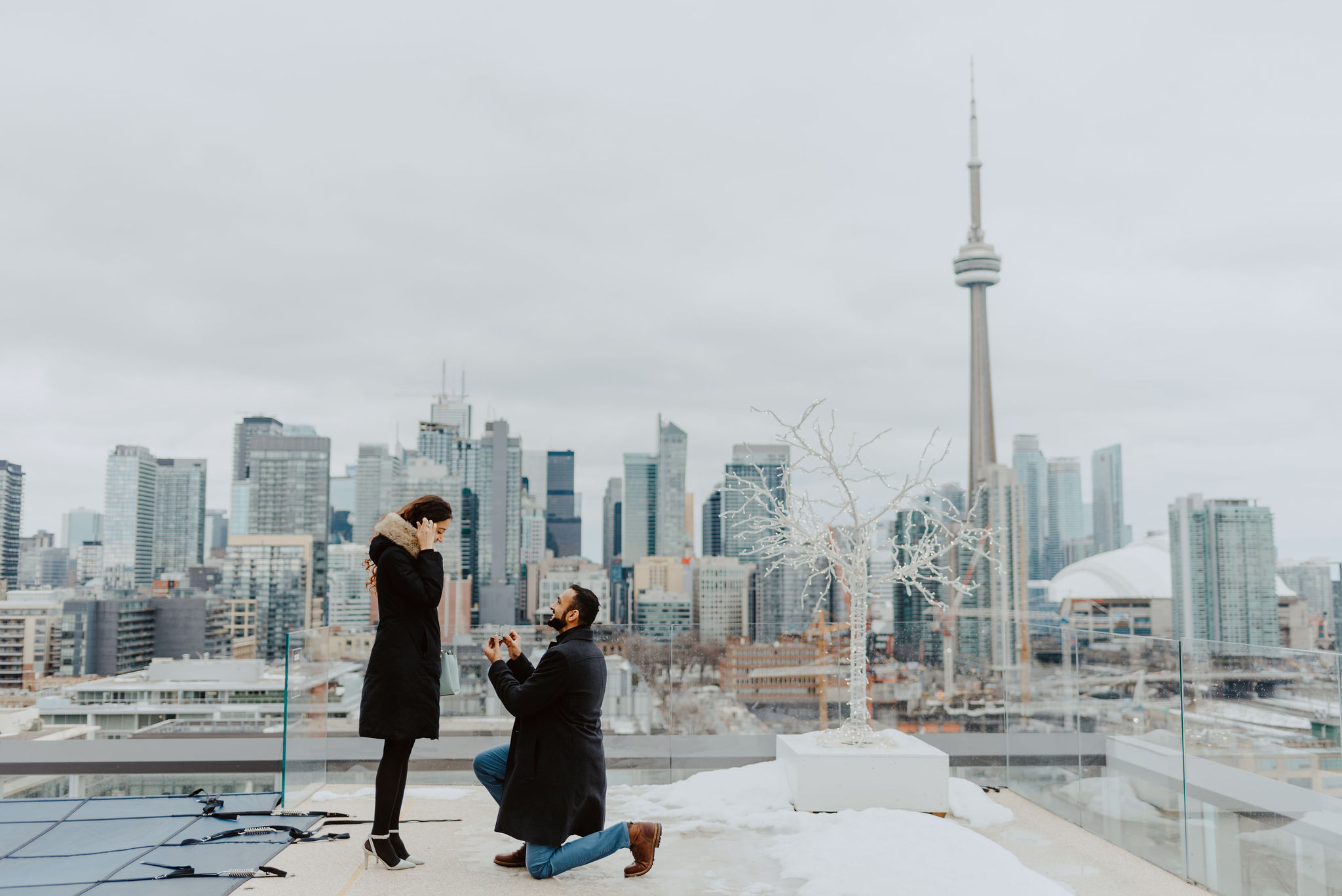 Toronto-proposal-photographer-proposal-at-the-Thompson-Hotel
