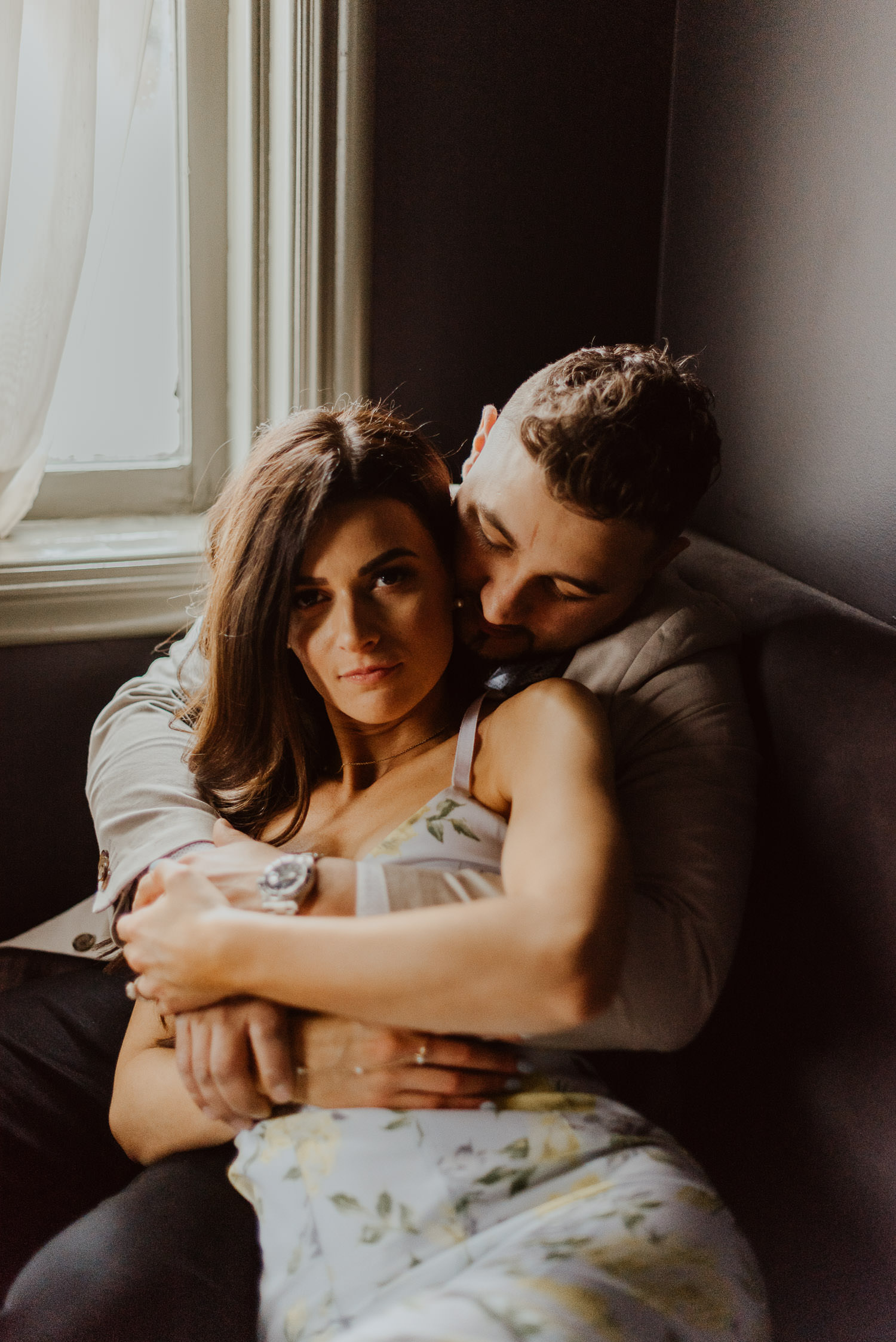 Toronto-engagement-photos-intimate-engagement-session