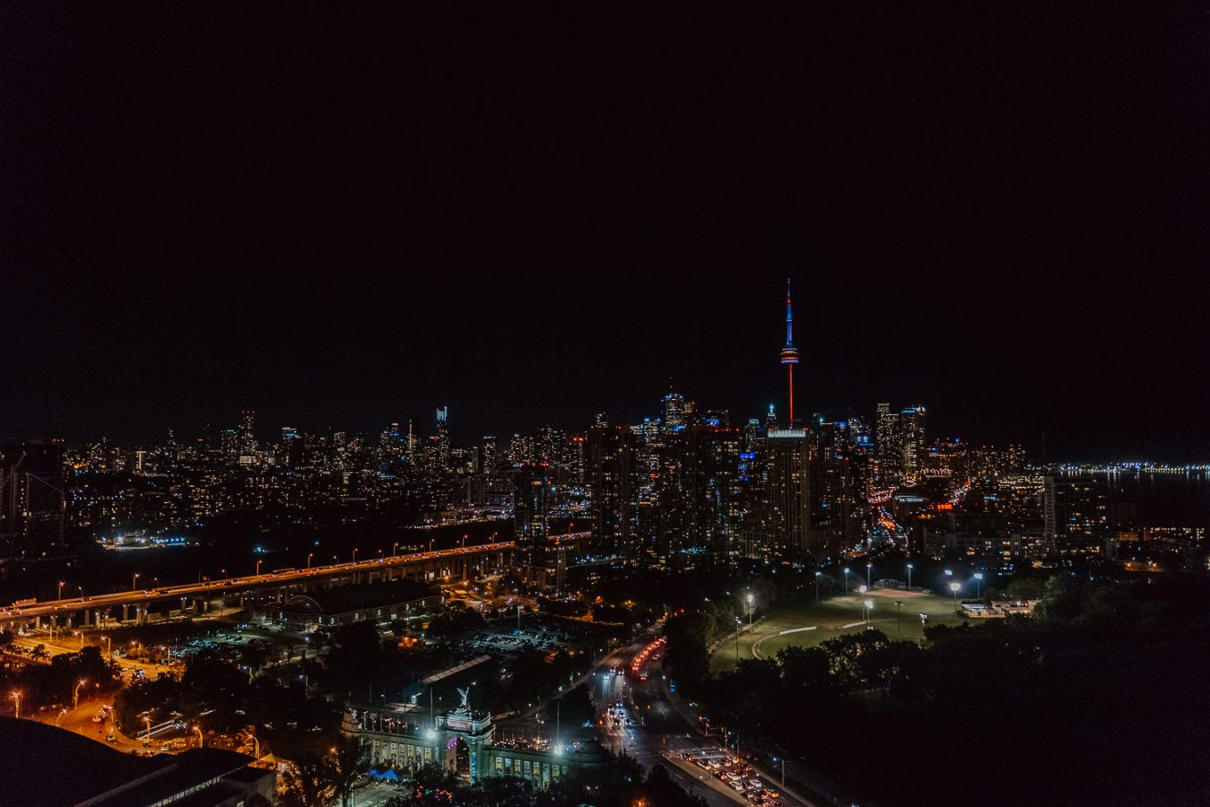 Toronto-hotel-x-wedding-photos